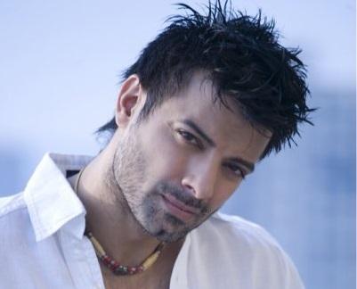 Is <b>Rahul Bhatt</b> the surprise element in Anurag Kashyap&#39;s &#39;Ugly&#39;? - 54256_rahul-bhatt