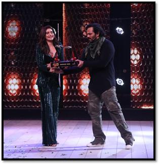 Karishma Tanna gets crowned as the winner of Khatron Ke Khiladi