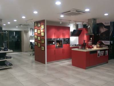 Whirlpool of India opens'Whirlpool Haute Kitchen' - its first exclusive  Built-in experience centre in Calicut