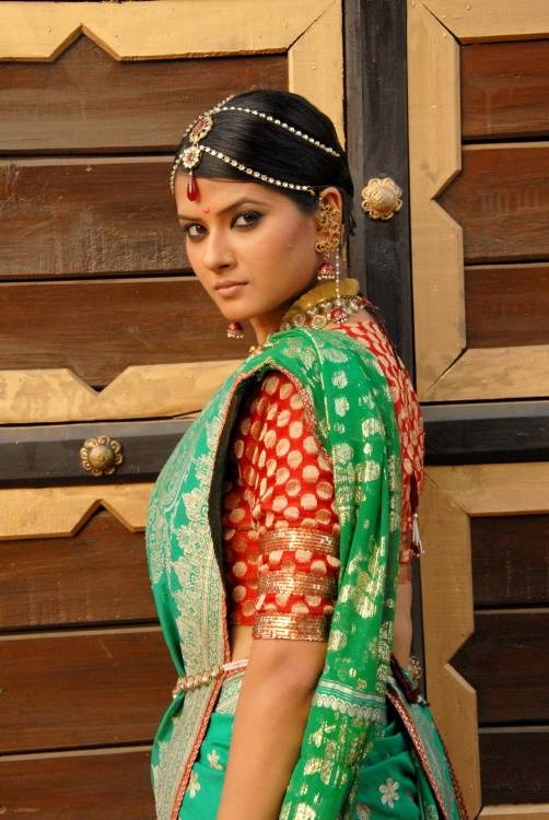 Watch Jhansi Ki Rani Season 1 Episode 71 Online   Jhansi