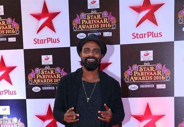 Star Plus celebrates 16th Star Parivaar Awards amidst glitz & glamour